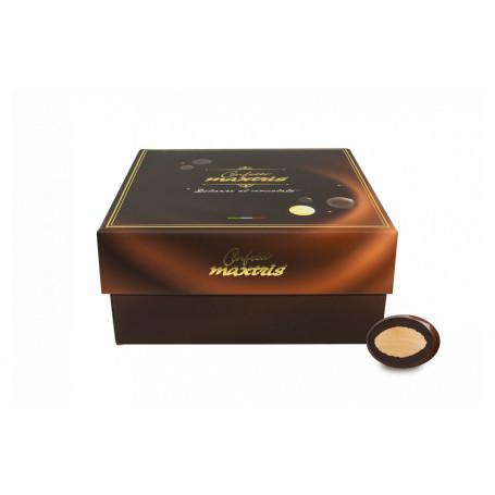 MAXTRIS PRALINE MANDORLA E CIOCCOLATO FONDENTE AL 57% BOX DA KG.3